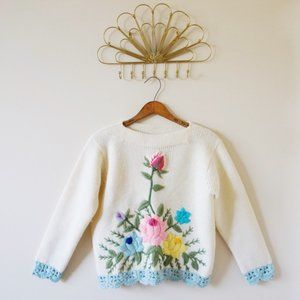 1950's Floral Embroidered Knit Sweater